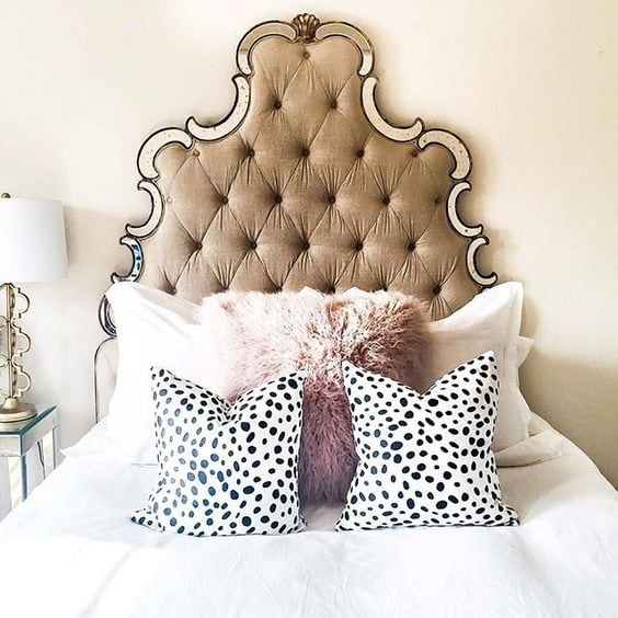 How To Decorate Your Bedroom & Theme it Around Your Fun Personality - Pillows