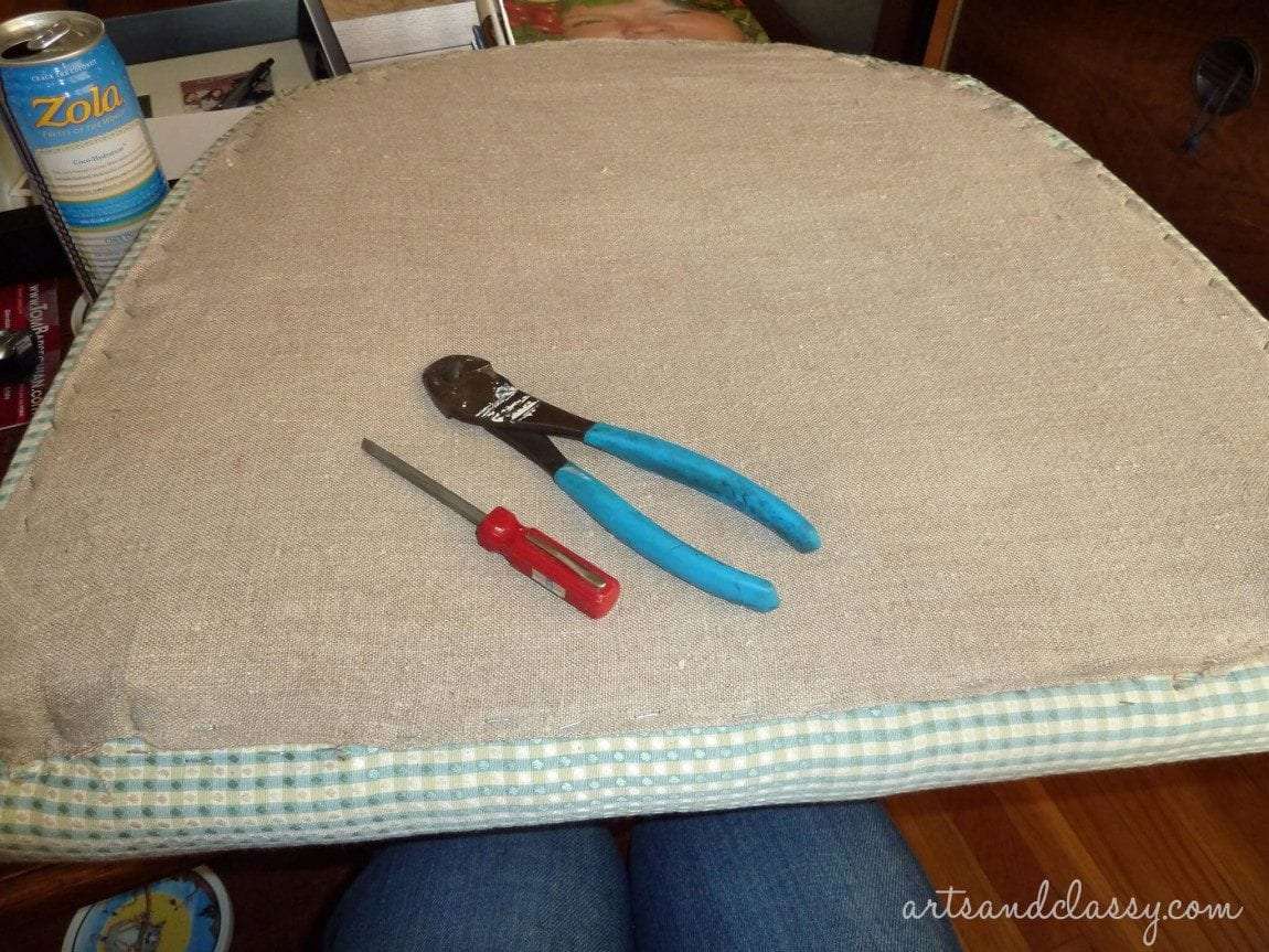 Cane_Back_Chair_Makeover_Tutorial_Step_By_Step_Arts_and_Classy_blog_27