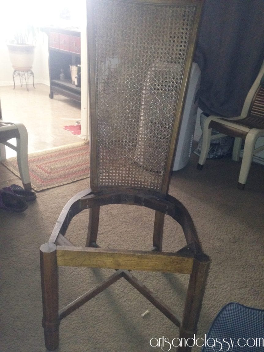 Cane_back_chair_makeover_diy_tutorial_Curb_side_find_Flip_furniture_arts_and_classy_blog_03