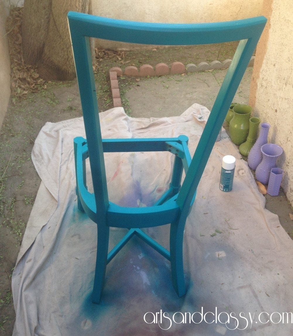 Cane_back_chair_makeover_diy_tutorial_Curb_side_find_Flip_furniture_arts_and_classy_blog_09