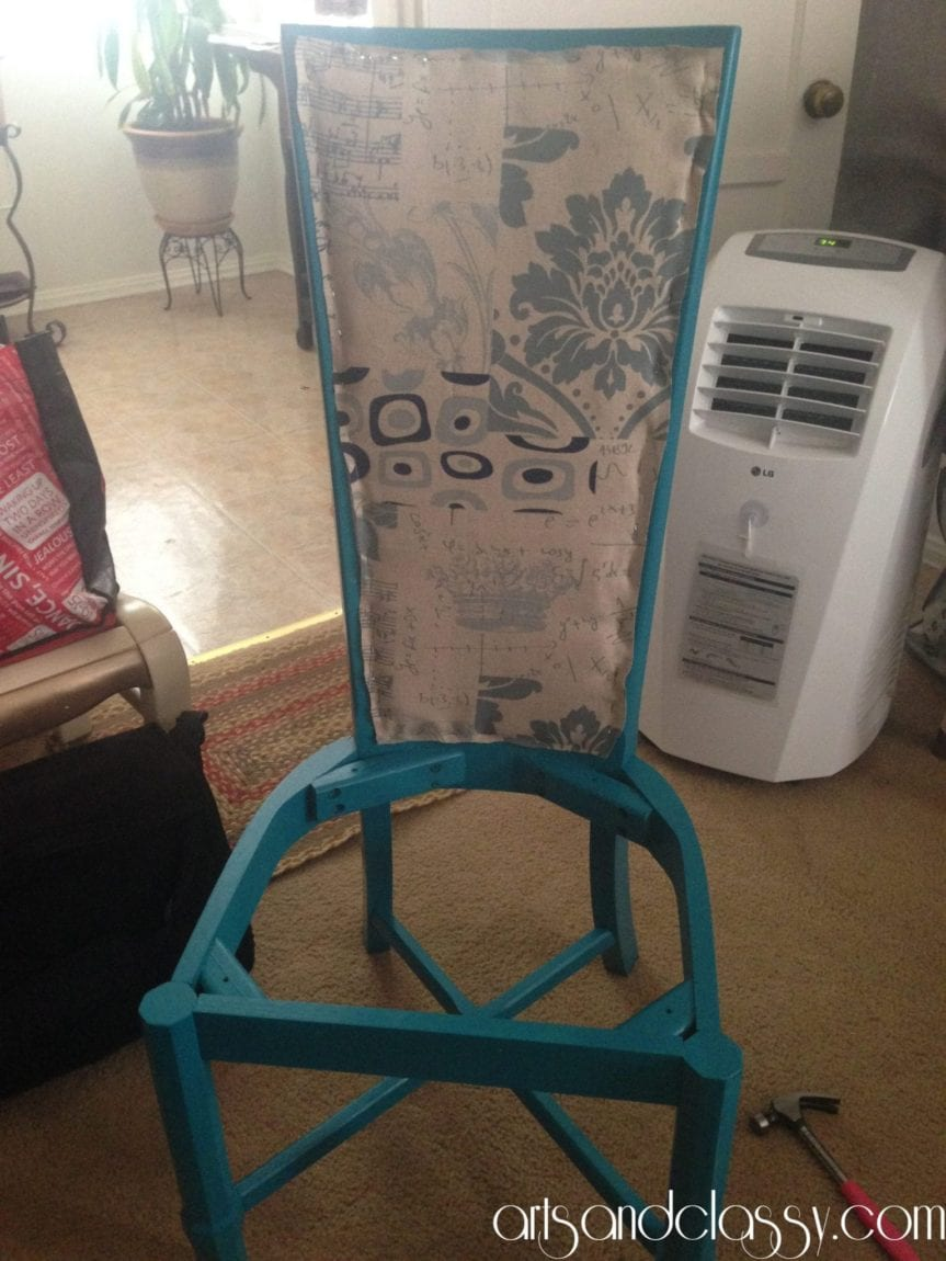 Cane_back_chair_makeover_diy_tutorial_Curb_side_find_Flip_furniture_arts_and_classy_blog_19