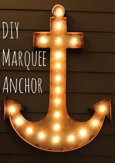 Falling in Love with DIY Marquee Lighting Projects! Here is a round up of some amazing Marquee lighting projects via www.artsandclassy.com
