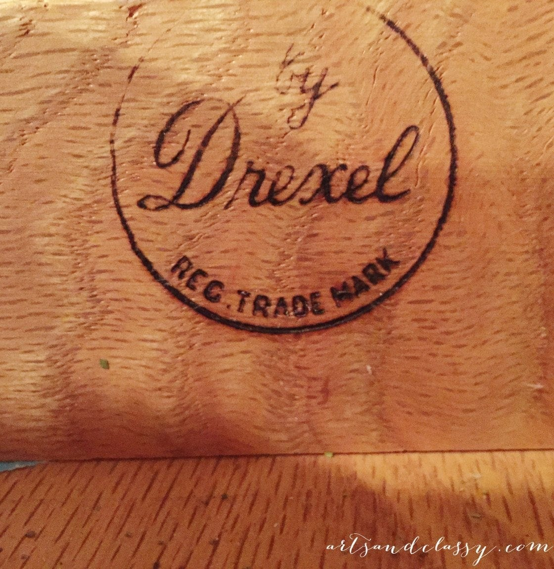Drexel Side Table stamp for Modern Masters Makeover