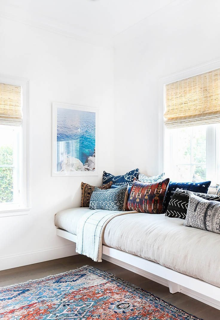 beach inspired bedroom walls 10 beach inspired decorating ideas for the summer arts and classy