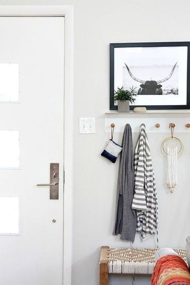 Small Room Off Foyer : Tips to create a foyer or entryway in small apartment