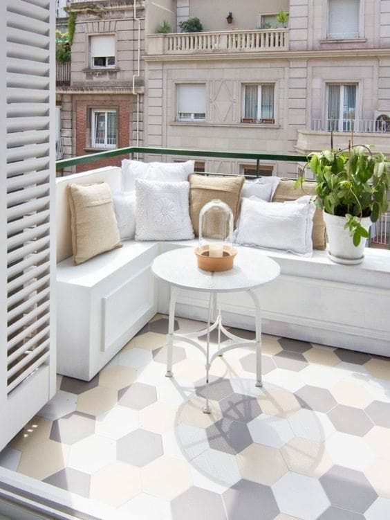 how-to-make-your-balcony-look-cozy