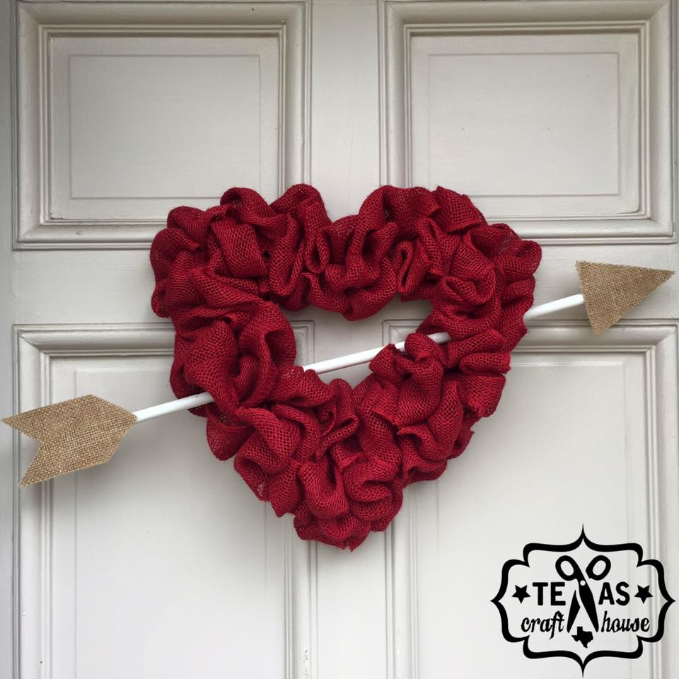 7 creative diy valentine 39 s day home decor arts and classy for Home decorations for valentine s day