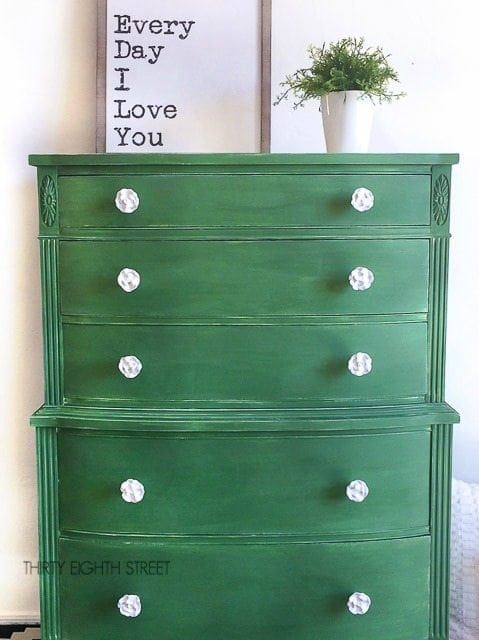 Painted green dresser - Green is a hot home decor trend right now, so check out these gorgeous furniture flips. Furniture makeovers with all shades of green paint | Green painted furniture.