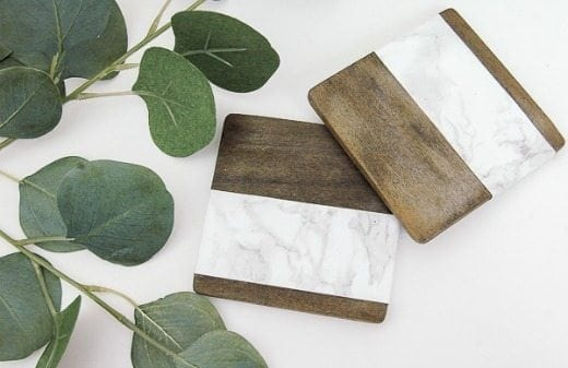 Wood and Marble Coasters - These DIY Faux Marble Decor tutorials are surprisingly easy and budget friendly. Whether you want to tackle a faux-finish or use marble contact paper, there are DIY ideas for every decorator | faux marble counter tops, coffee tables, and decor accessories.